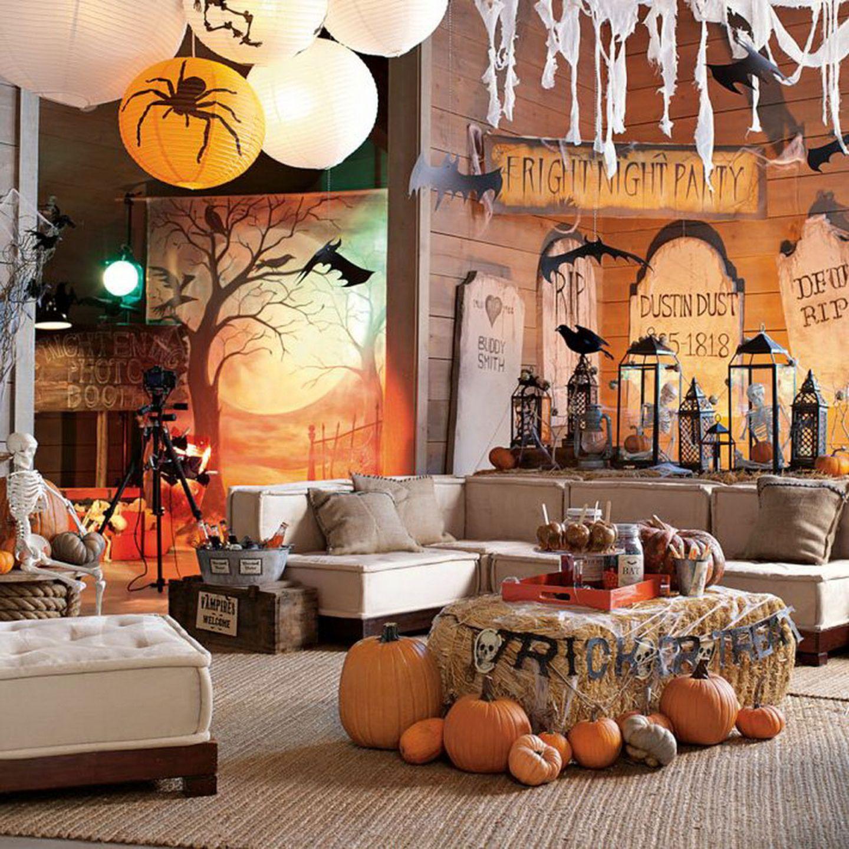 Beach house Halloween decorated living room   Coastal Holiday ...