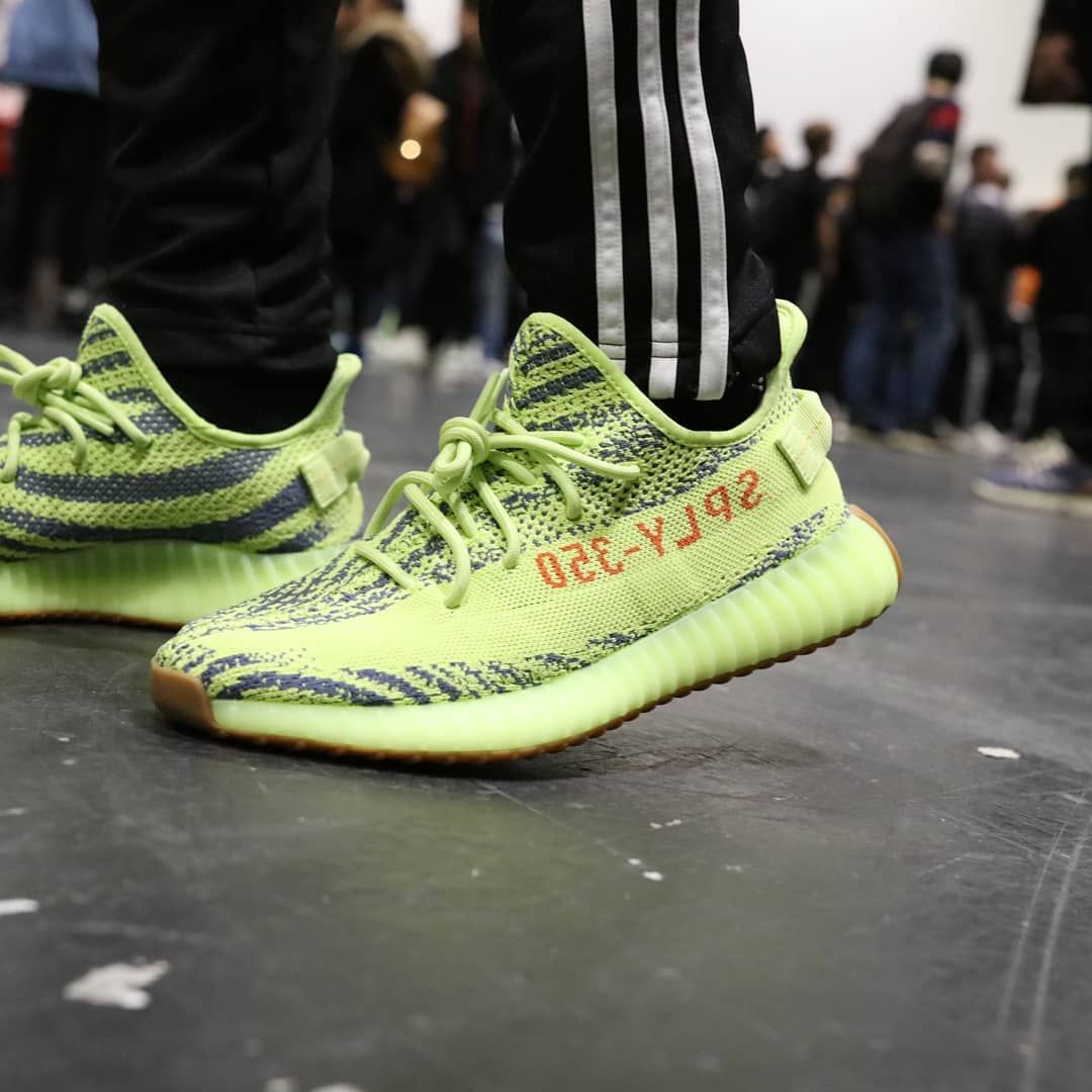adidas yeezy 350 frozen yellow