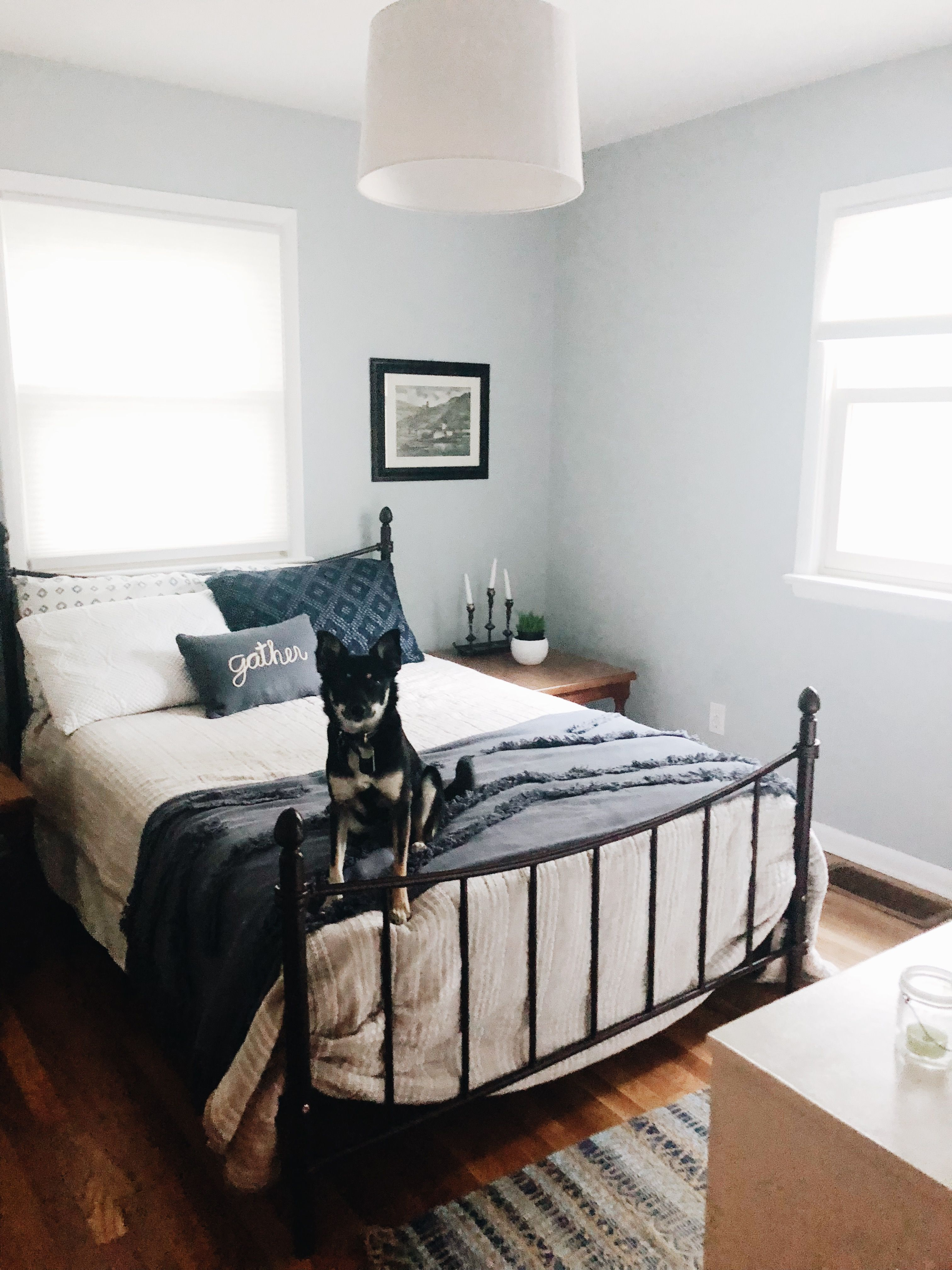 Greyblue guest room with midcentury farmhouse style