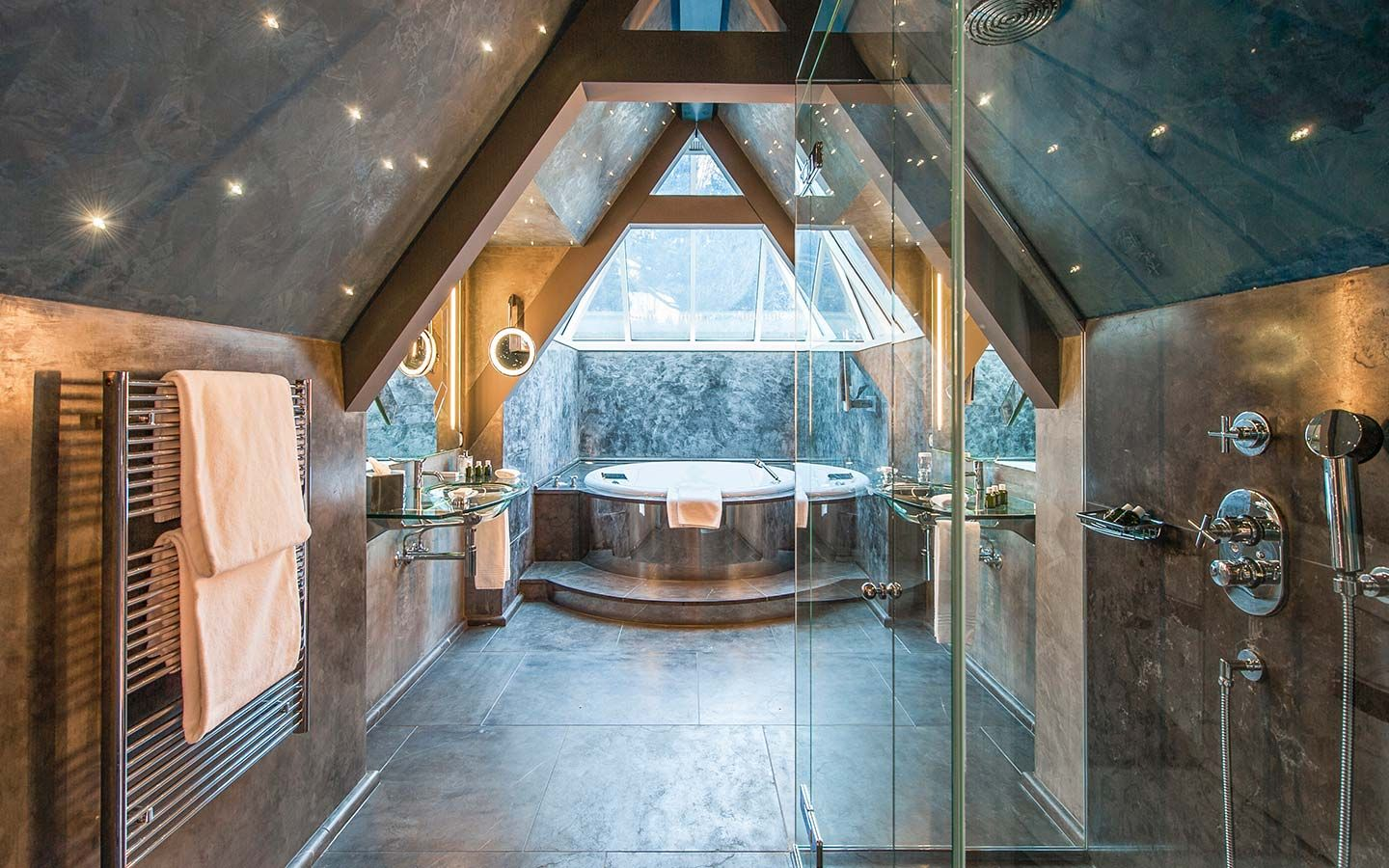 Forum on this topic: What to Pack for a GstaadGetaway, what-to-pack-for-a-gstaadgetaway/