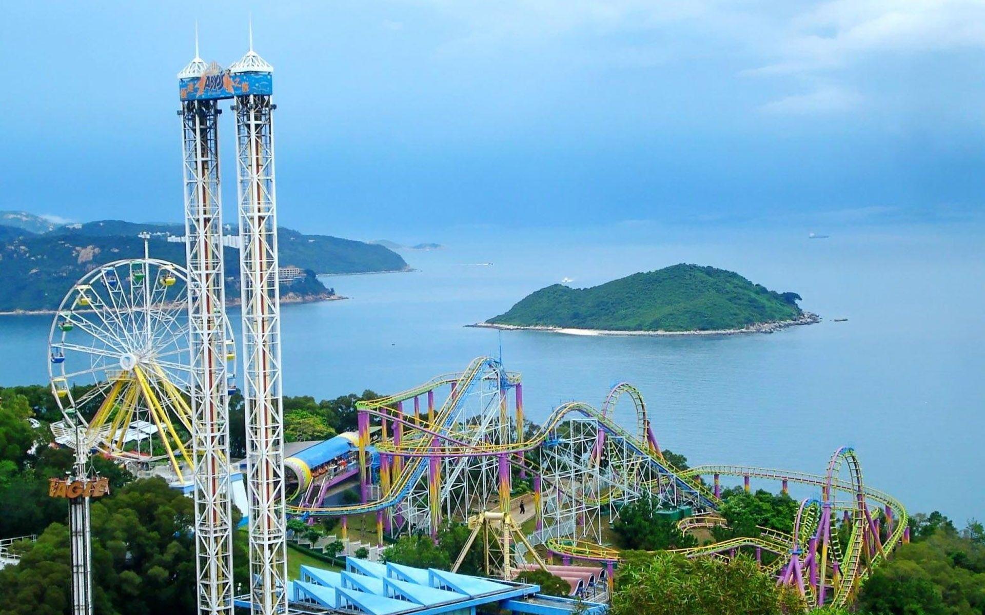 Hong Kong Disneyland Roller Coaster Hd Wallpapers Pinterest