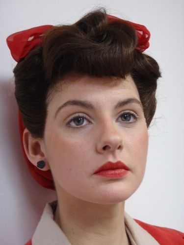 1940's hair and makeup 1940s