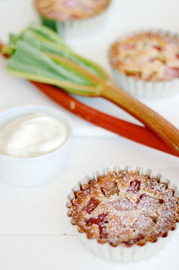 Mazarintærter med rabarber og vanille