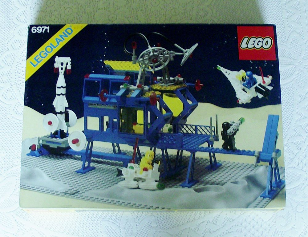 Vintage Lego 6971 Inter Galactic Command Base With Box