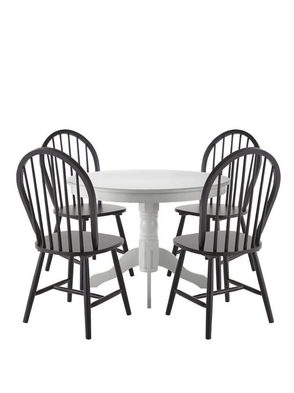 KENTUCKY WHITE TABLE AND FOUR BLACK CHAIRS. This great value Dining Set  includes the Kentucky 09bbafcc5e