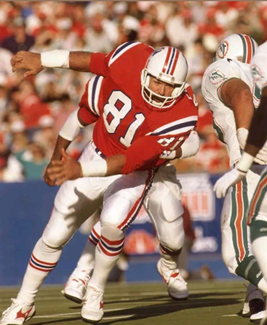 Russ Francis Of New England American Football League Nfl Patriots Nfl Uniforms