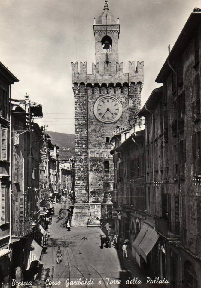 Torre della Pallata - Brescia Immagine inviata da Luisa Lamberti http://www.bresciavintage.it/brescia-antica/cartoline/torre-della-pallata-brescia/