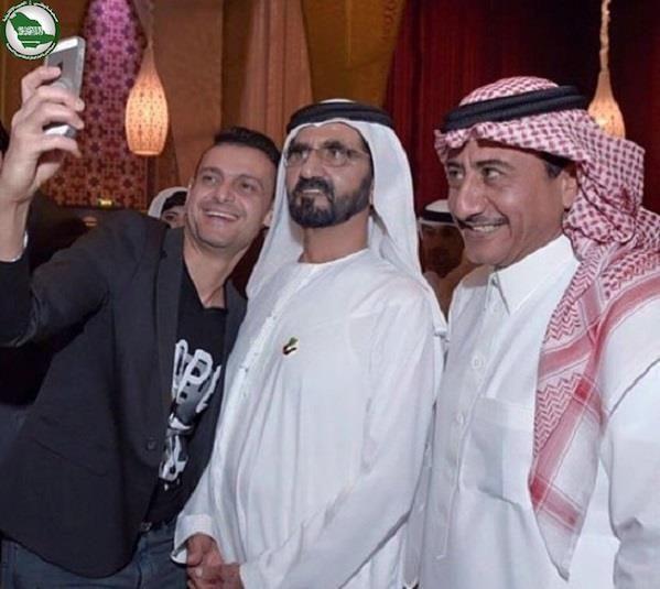 بالصور ناصر القصبي و رامز جلال في حفل إفطار الشيخ محمد بن راشد Fashion Chef Jackets Captain Hat