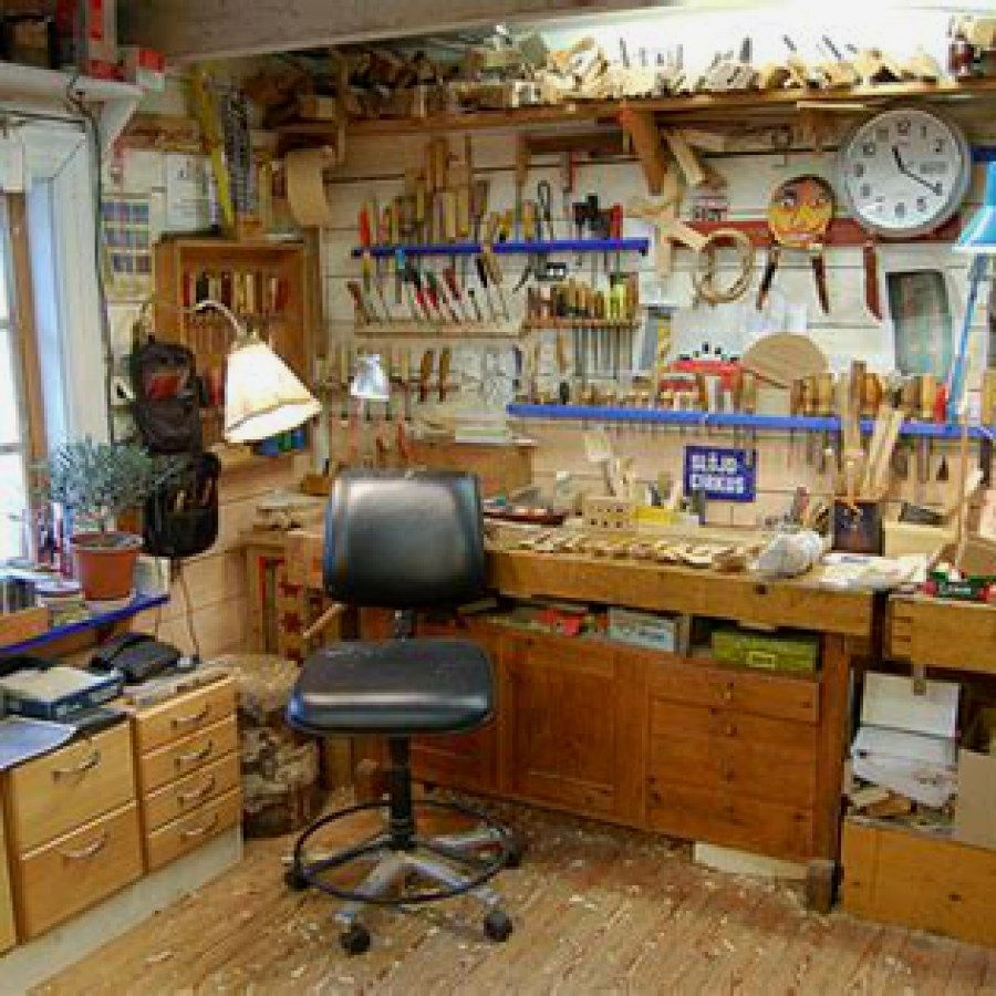 12 Woodworking Shop Plans Designs no. 704 Easy Woodworking