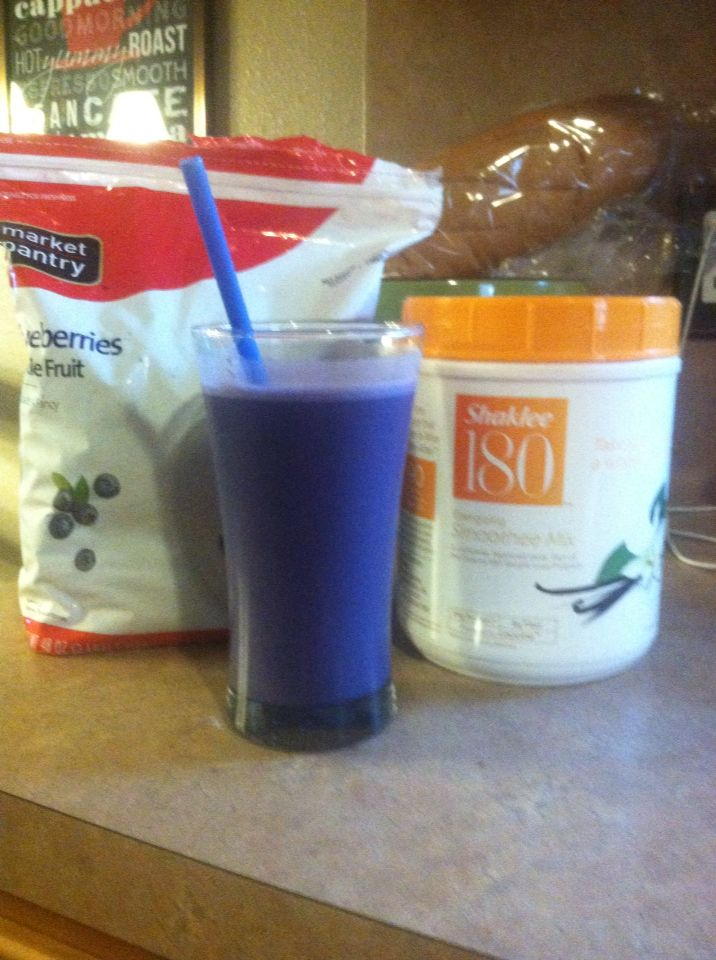 Yummy shaklee180 smoothie!!  Part of our 180 system!!! Http://carlottafranco.myshaklee.com