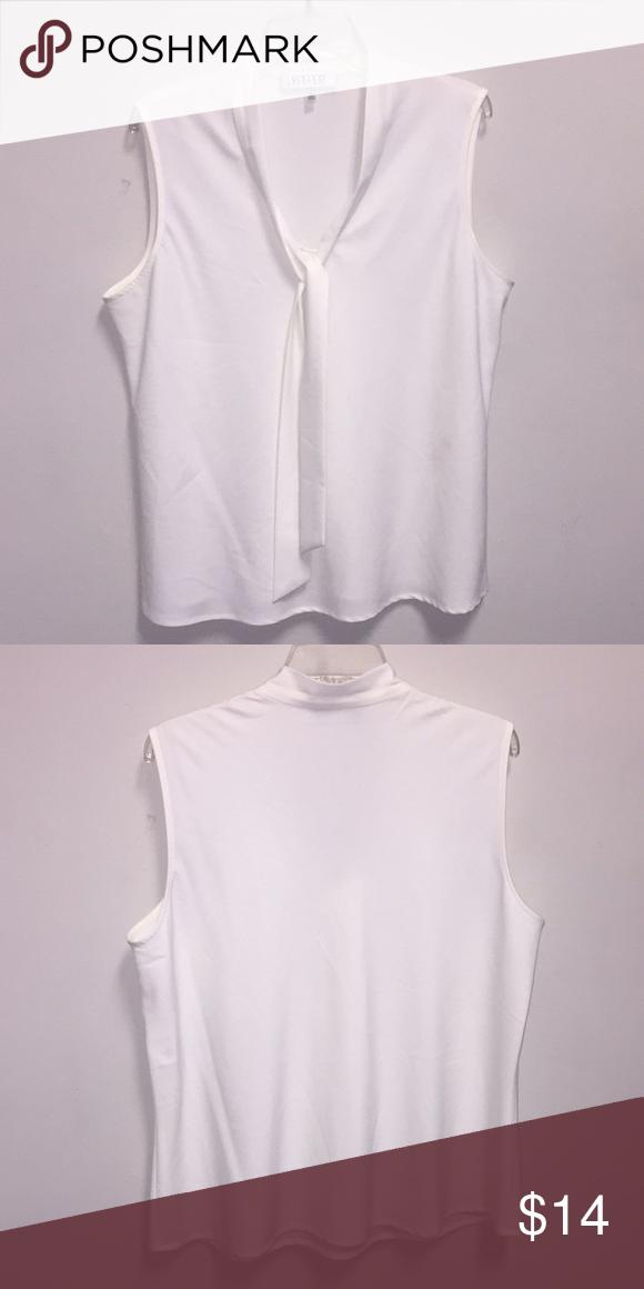 578e23aa99375 Kasper white blouse size XL Sleeveless white blouse by Kasper size XL.  Polyester and elastase. Very good condition. Kasper Tops Blouses