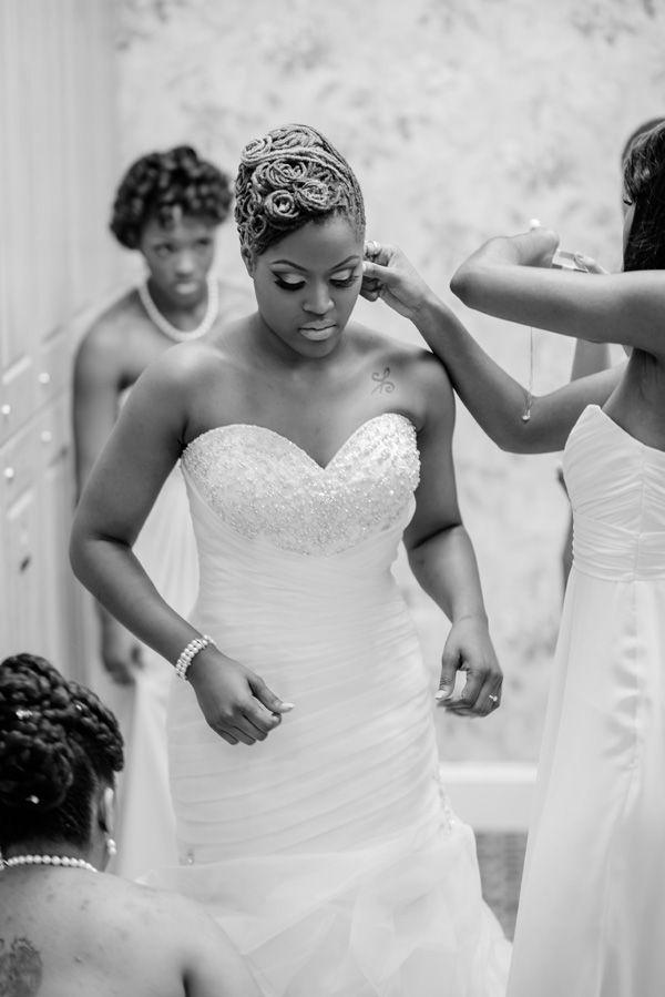 A Vibrant Yellow and Mint Green Spring Wedding in Virginia - Munaluchi Bridal Magazine