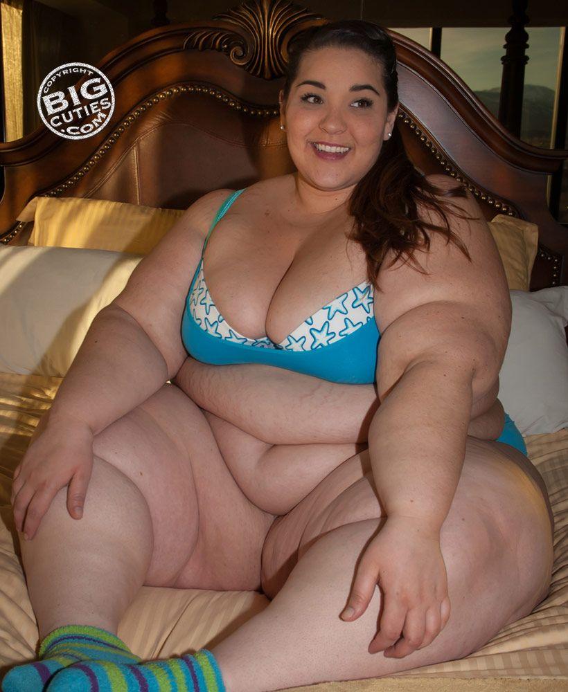 Sexy BBW Cam Bate
