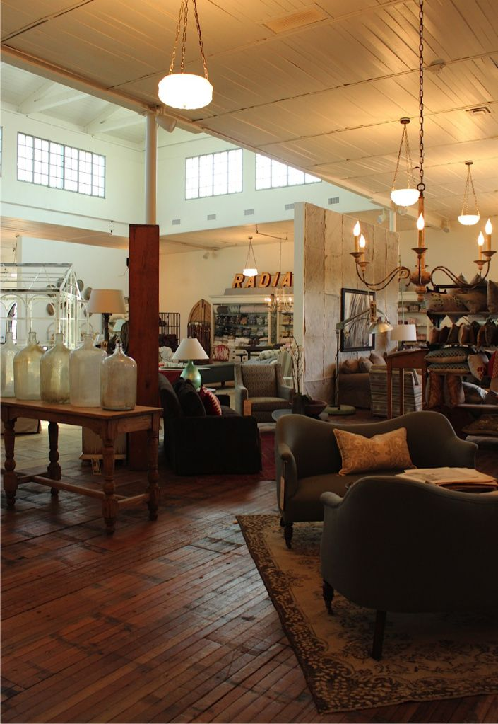 Home Decor Shop Design Ideas: Simple Things Furniture Store