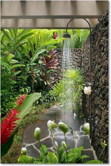 10 Duchas Al Aire Libre Ducha De Jardin Como Decorar El Jardin Jardines