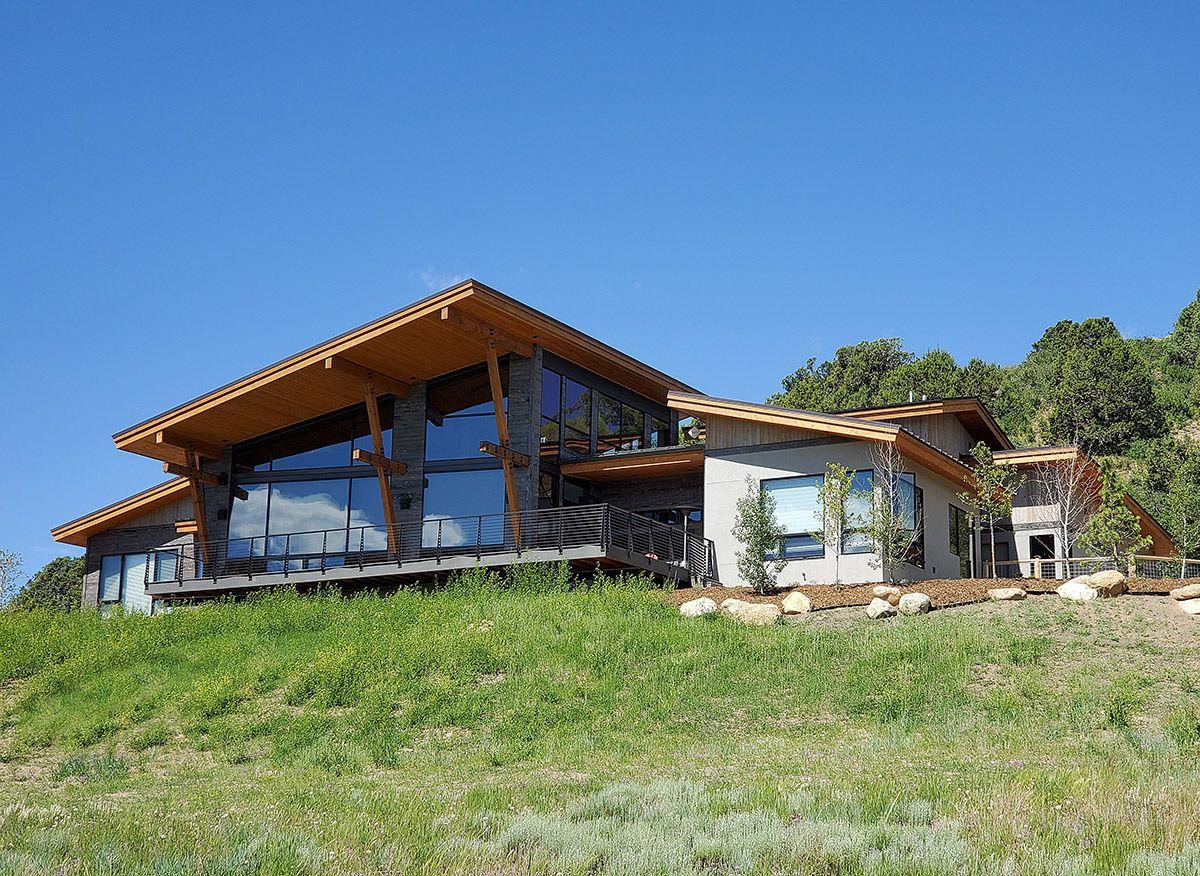 Mountain Contemporary home near Durango, Colorado, 2700 sq