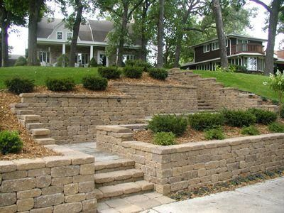 Residential Idea Book Versa Lok Retaining Wall Systems Landscaping Retaining Walls Sloped Backyard Large Backyard Landscaping