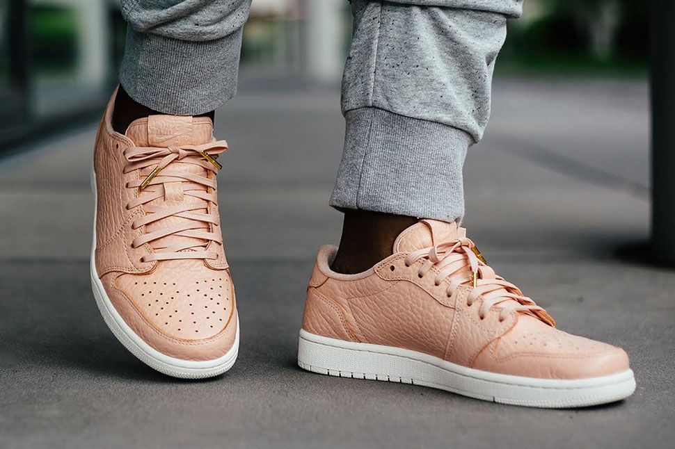 competitive price dcbf0 d95e0 On Foot: Air Jordan 1 Retro Low NS (Releasing in Europe ...