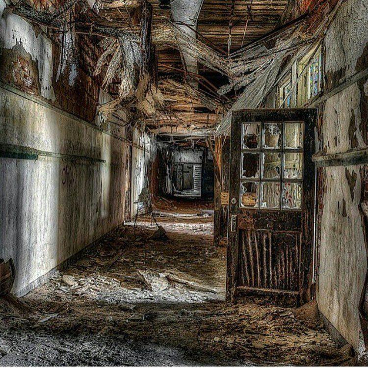 Abandoned School In Atlanta Photography By Ricardo Cuello