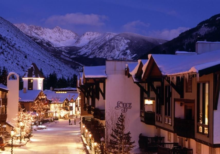The Lodge At Vail Colorado Has The Most Amazing Views For The North America Mountains If You Are A Glasses Lodge At Vail Colorado Ski Vacation Vail Resorts