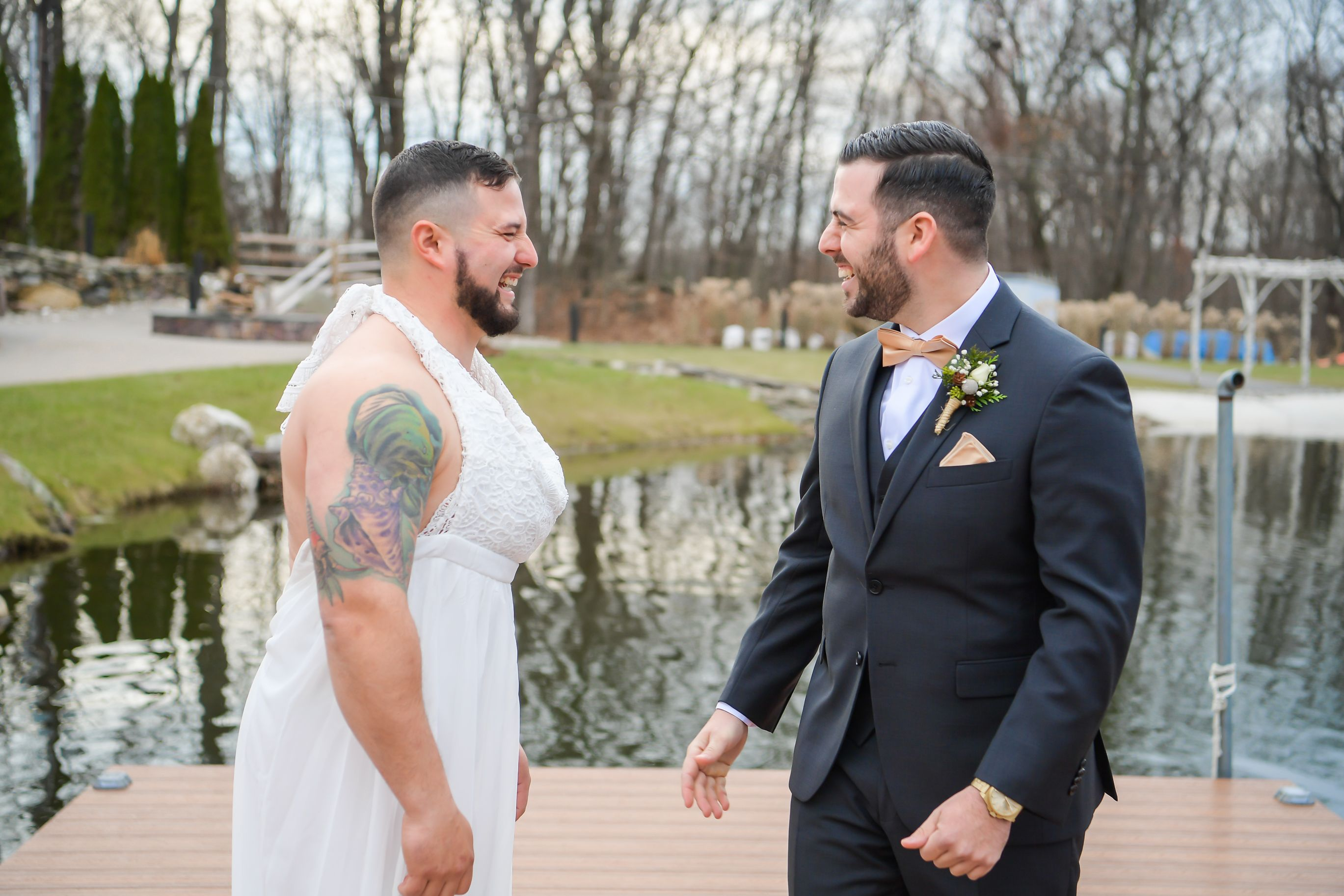 Clint Watts Wedding.Groomsman Pranks The Groom During The First Look At Lakeside Wedding