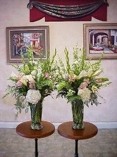Altar Flowers For A Wedding