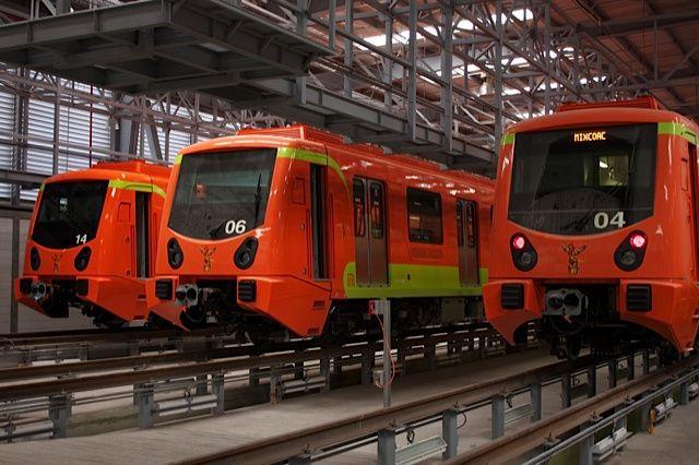El metro gasta mucho más en burocracia que en mantenimiento.....................