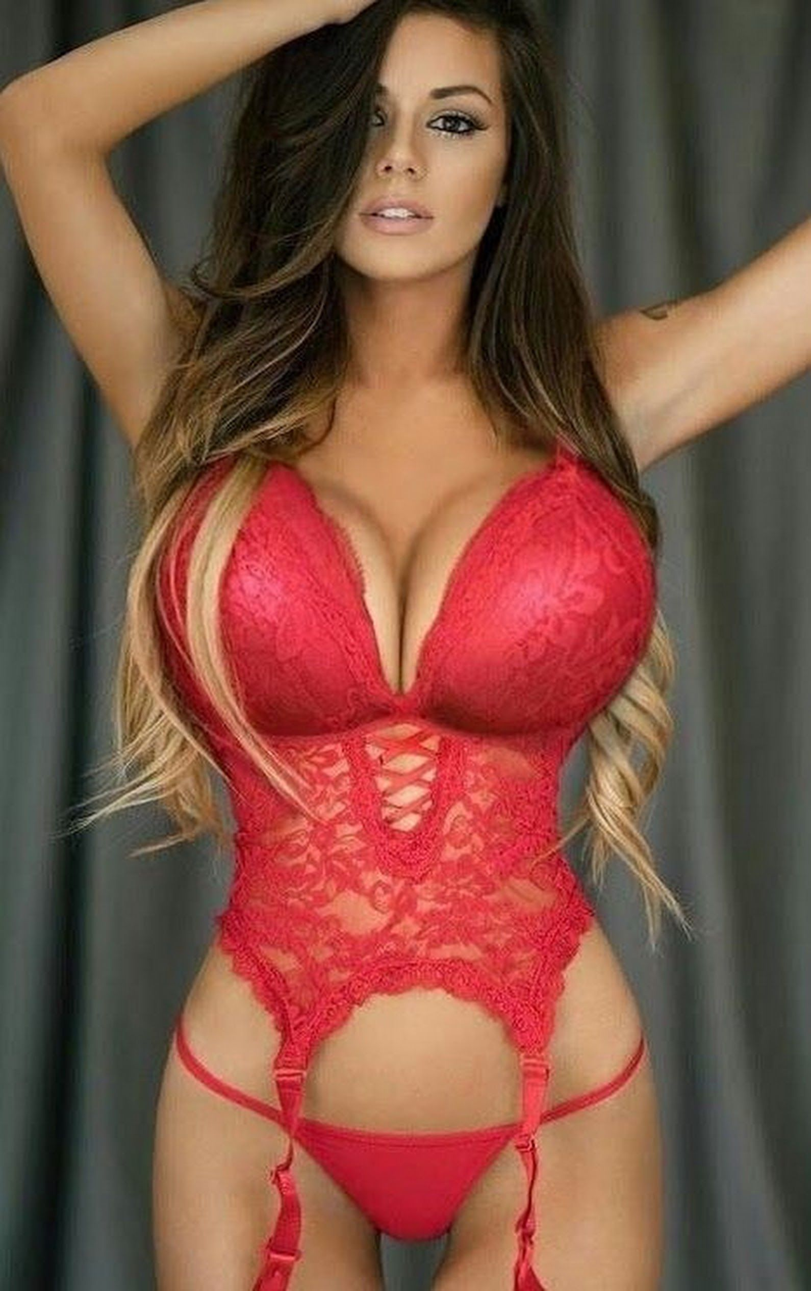 Plus size lingerie for large women