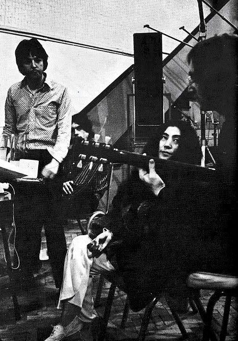 ãbatles 1968 white album sessions yoko onoãã®ç»åæ¤ç´¢çµæ