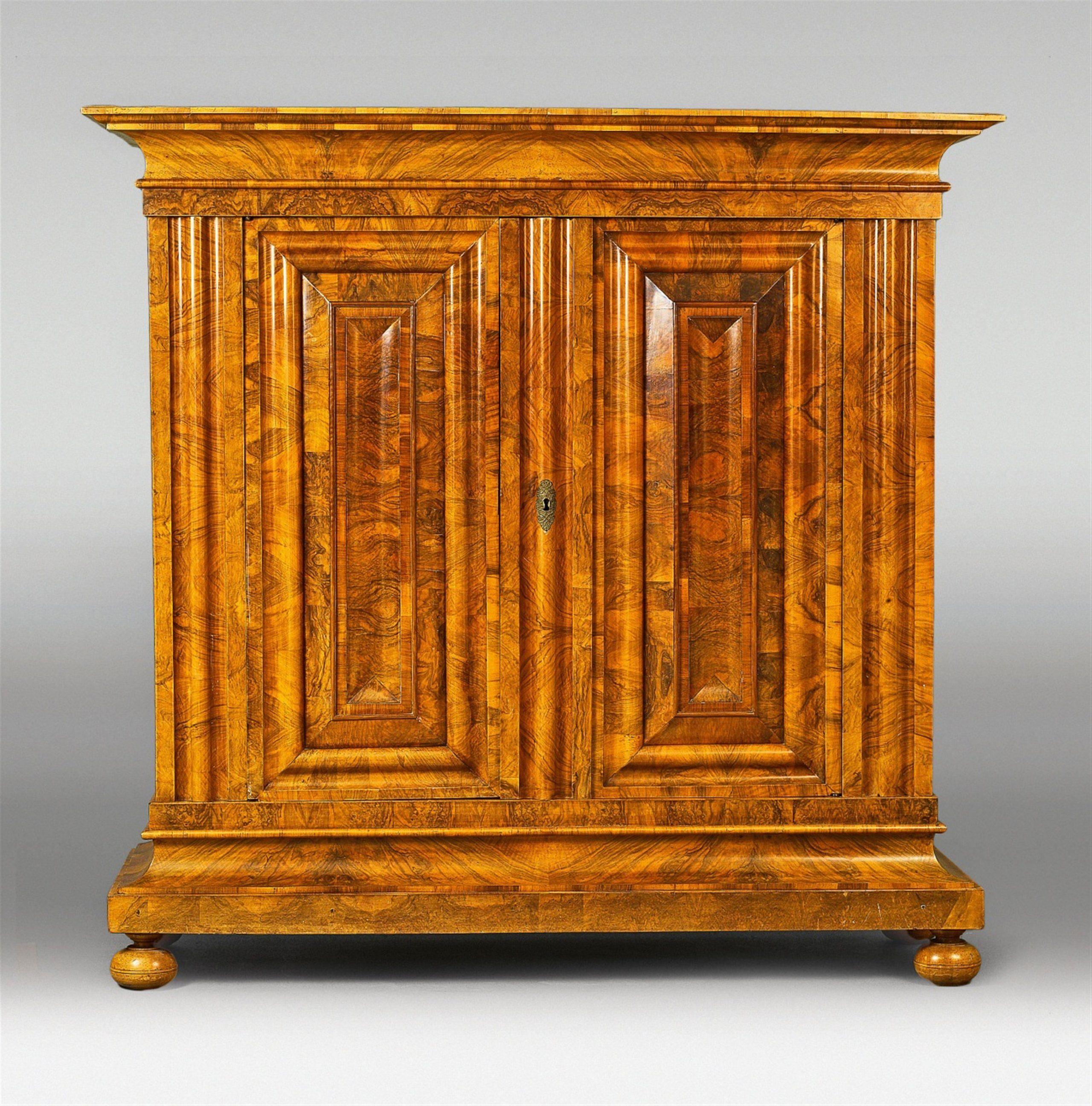 Pin Auf Antique Furniture Myo