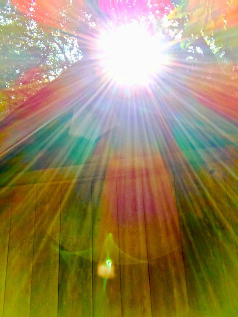 見るだけで運気がドカンとアップする 光の写真 幸運 壁紙 天使