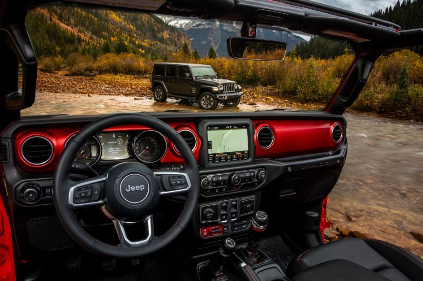 News 2018 Jeep Wrangler Interior Revealed In Official Photos The First Image Shows A Red R Jeep Wrangler Interior New Jeep Wrangler Jeep Wrangler Accessories