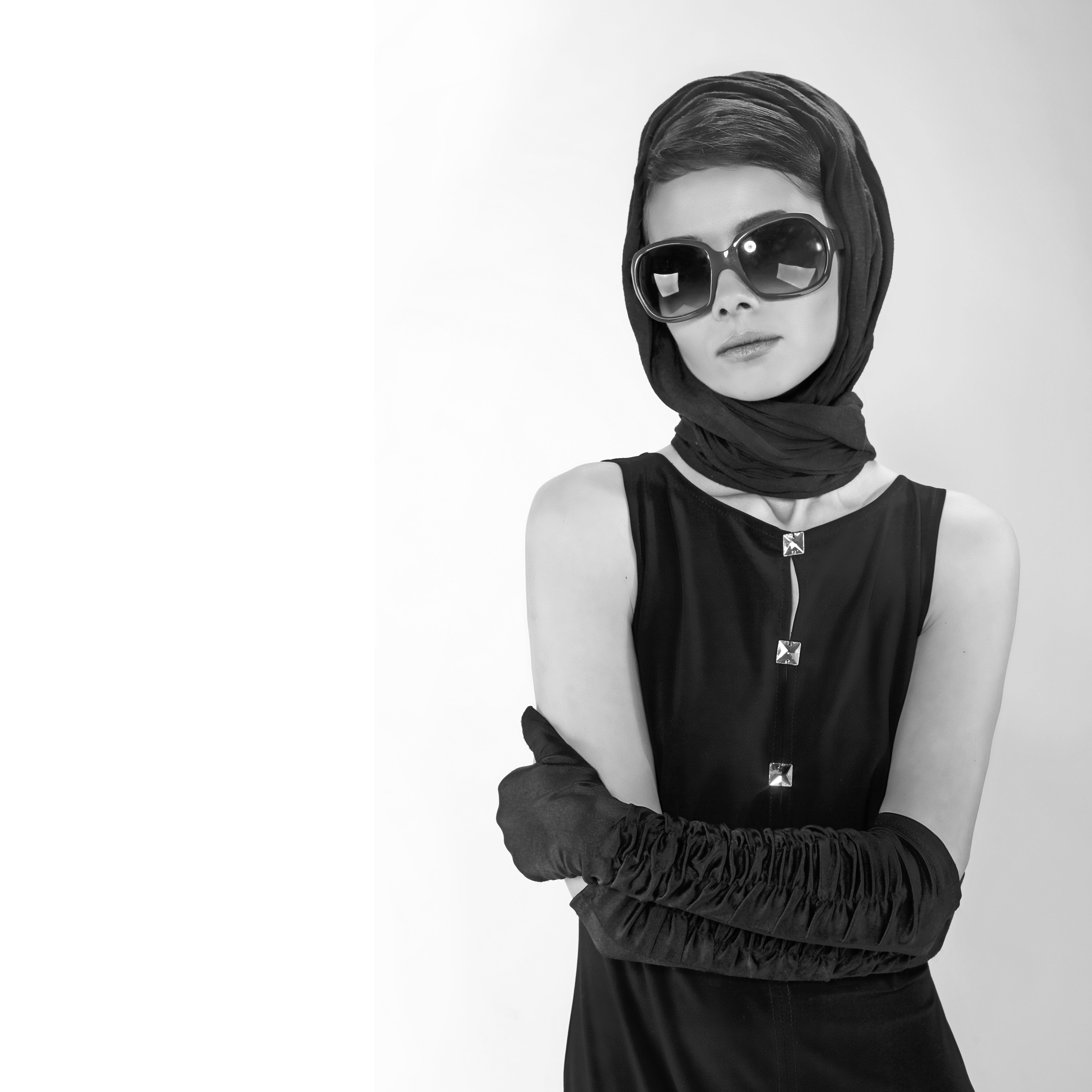 diy audrey hepburn costume using clothes from your closet atky scarf pinterest kost m. Black Bedroom Furniture Sets. Home Design Ideas