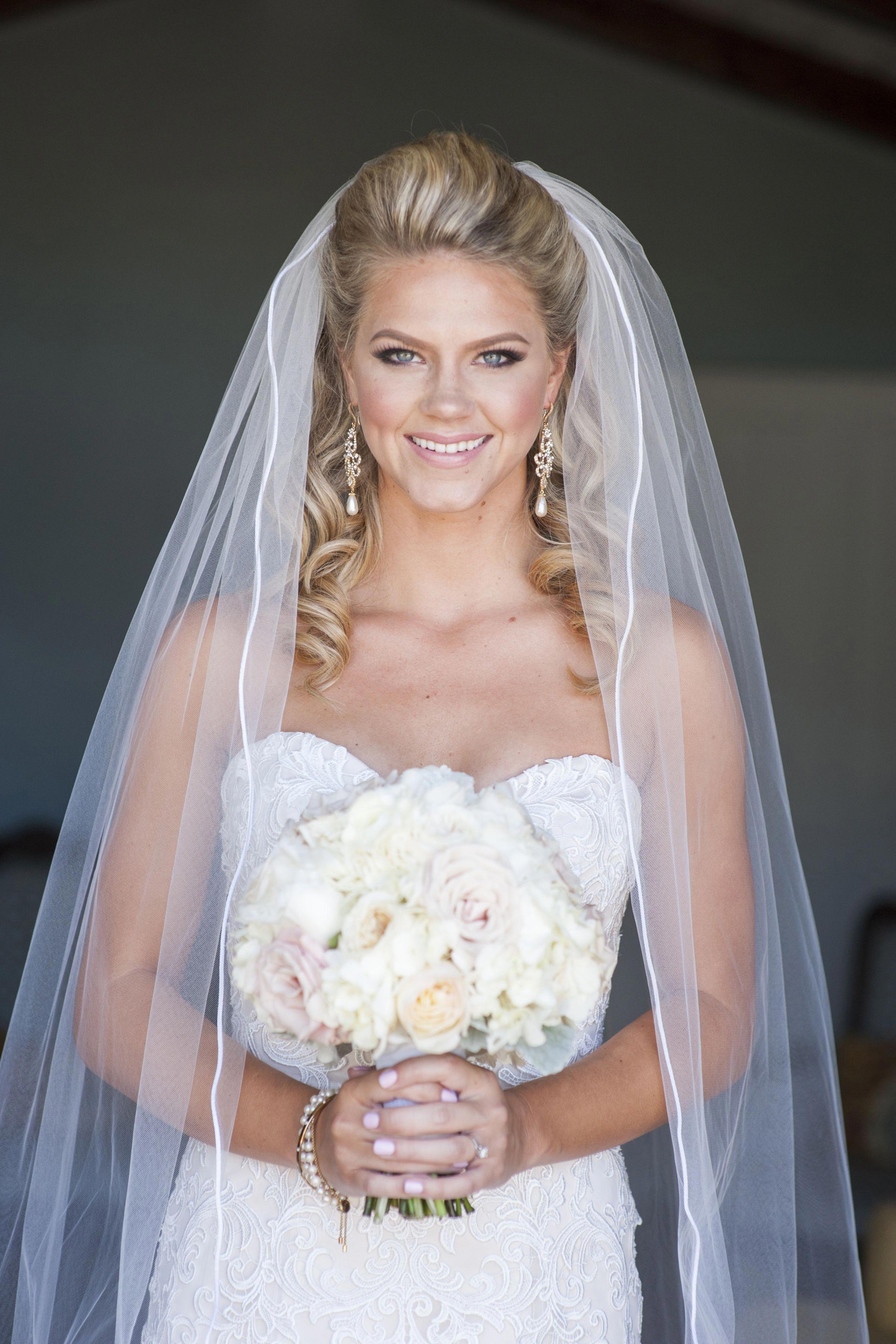 Bride Dress Wedding Down Bouquet Silhouette Cathedral Veil Make Up Hair Half Up Half Down Weddinghairstyles Veil Hairstyles Bridal Hair Veil Wedding Hair Down