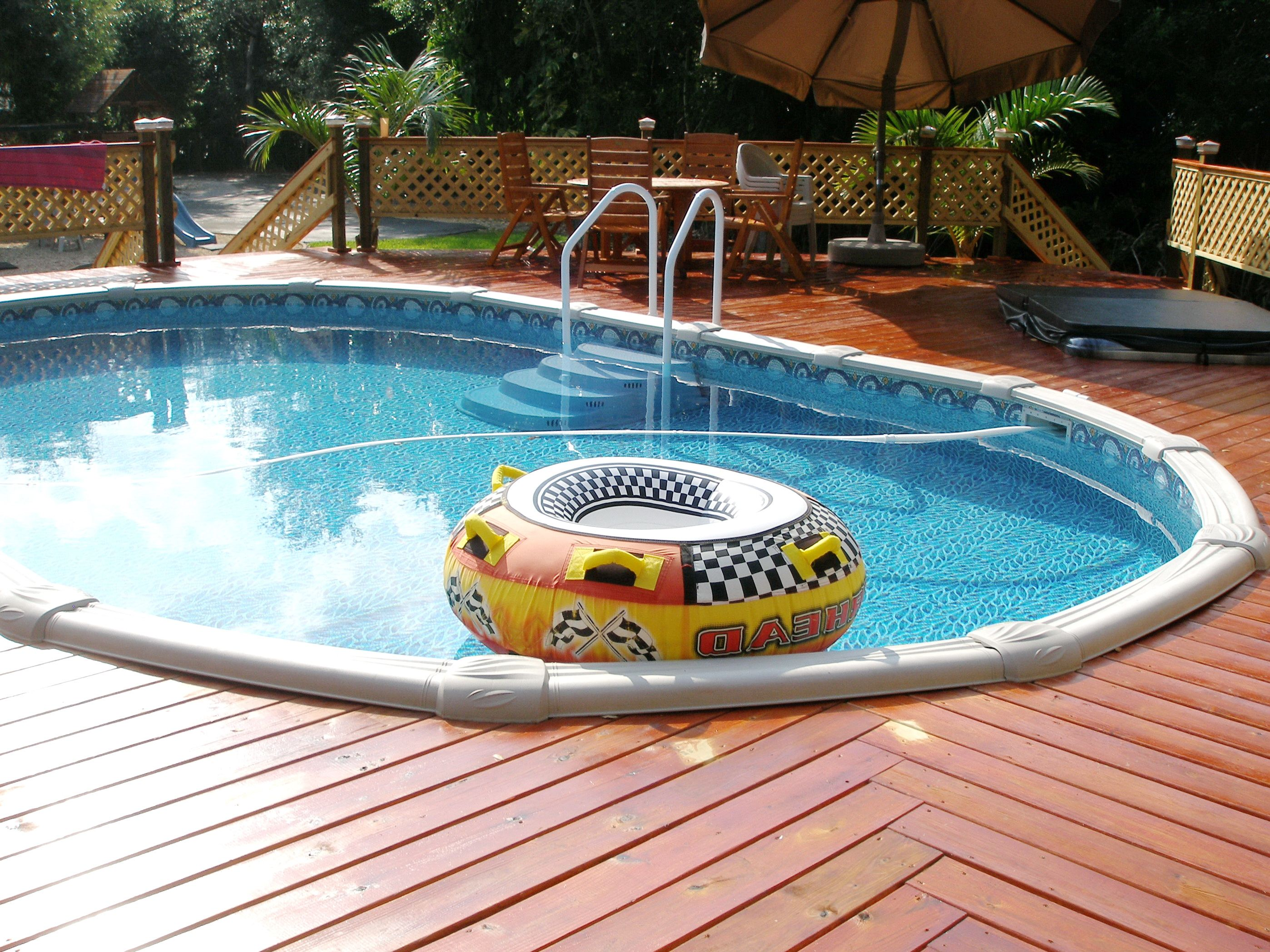 Nice little oval get your idea 39 s here at http www - Nice above ground pools ...