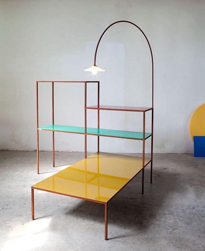 latest le mobilier double emploi liseusevide produit with meuble vide poche design. Black Bedroom Furniture Sets. Home Design Ideas