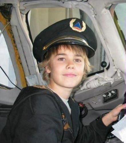 Oh my Lil lovely biebs, so cute