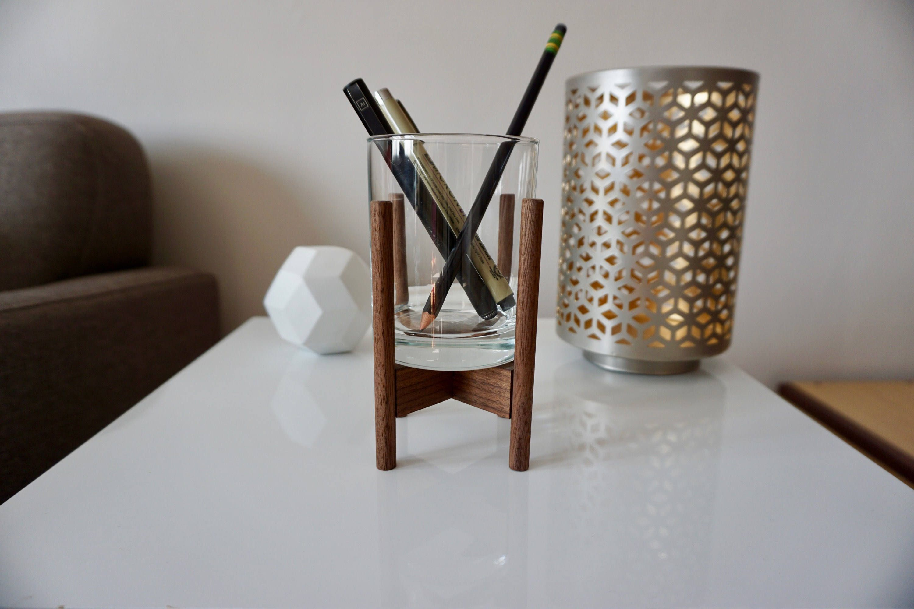 Add this midcentury inspired pencil holder to your desk to give it a