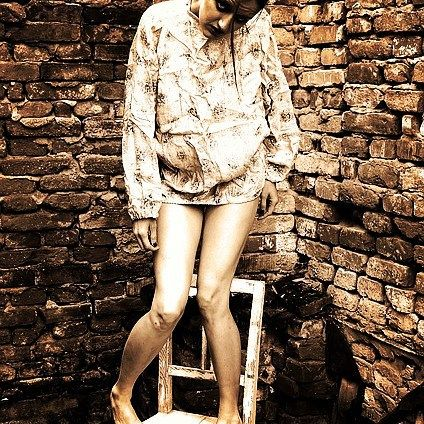You walk out of a bar into an alley and see this girl standing on a chair do you buy her a drink? Yes or No? #hauntedelementary #hauntedhouse #bridgeport #michigan #buyheradrink