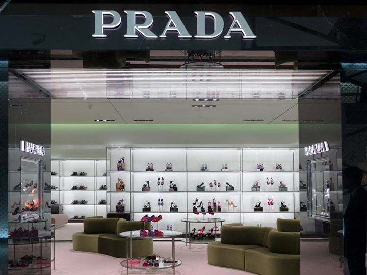 Prada Store At Dubai Mall By Roberto Baciocchi Dubai Store Design