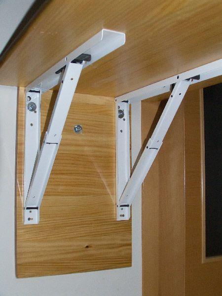 Mesa plegable auxiliar para la cocina casa y casita - Mesa plegable pared ...