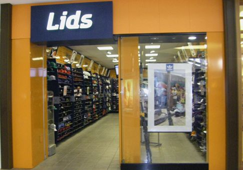 61 Lids In Westfarms Mall Where We Made A Custom Triple Threat Hat For Sylvie Locker Storage Brio Tuscan Grille Mall