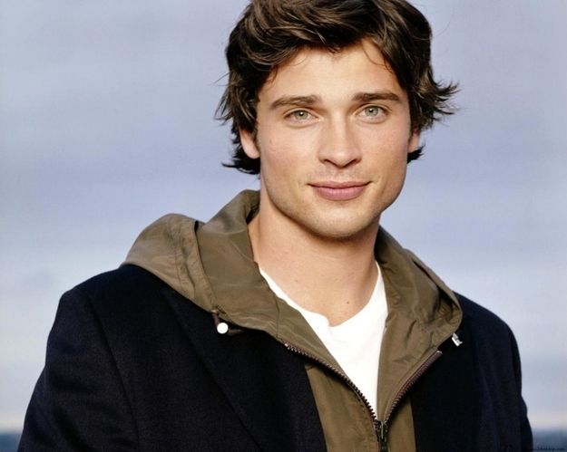 If it's possible, which it is, he is actually the perfect mix between boyishly handsome and fiercely masculine. | Stop And Take A Moment To Appreciate Tom Welling