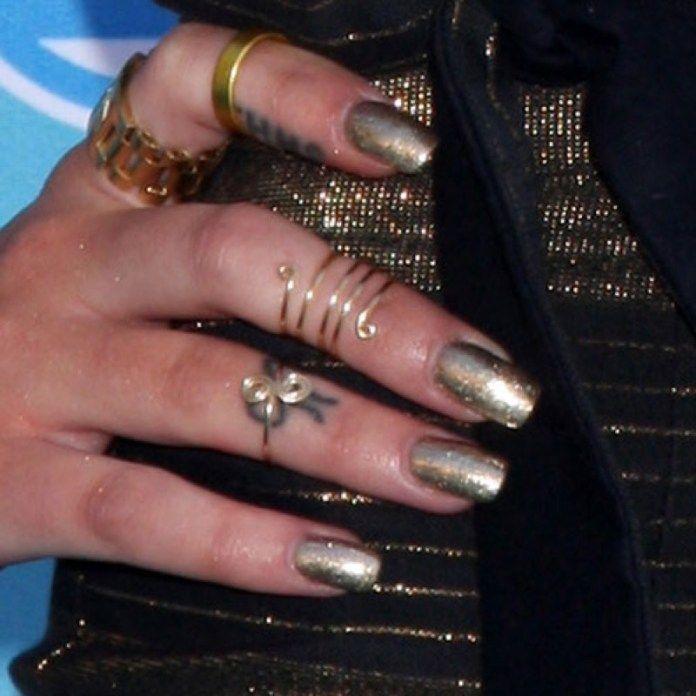 Le unghie sono importanti! Le cose pazzesche che si scoprono in 100 anni di Manicure e Nail Trend!