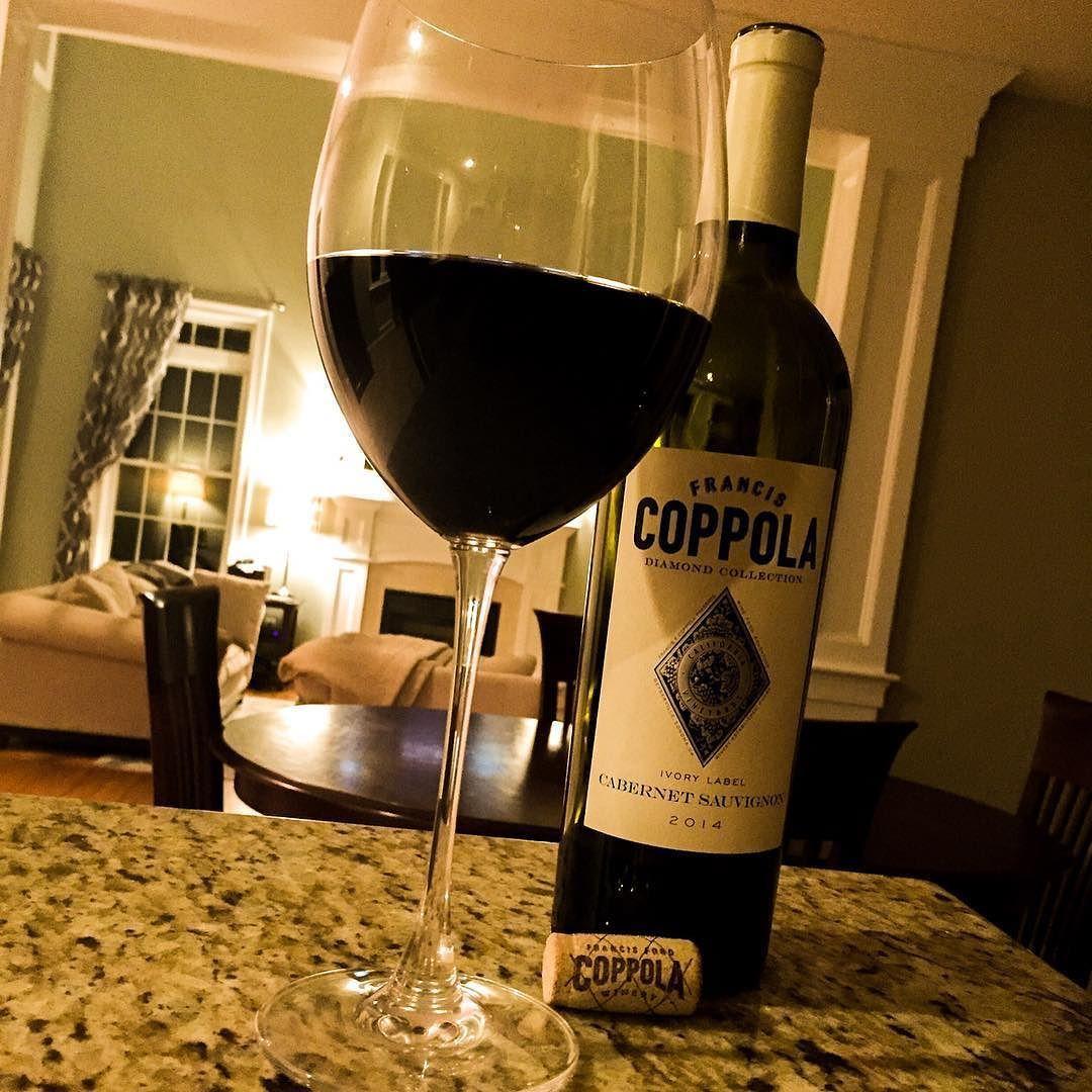 sábado por la noche que bebemos #vino!  @coppolawine #cabernetsauvignon #saturdaynight #wine