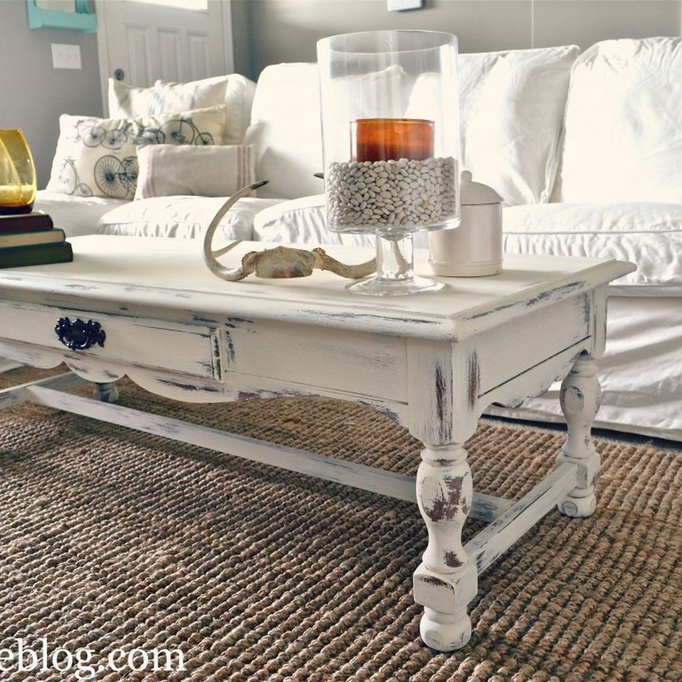 Shabby chic white coffee table re do muebles muebles - Salones estilo shabby chic ...