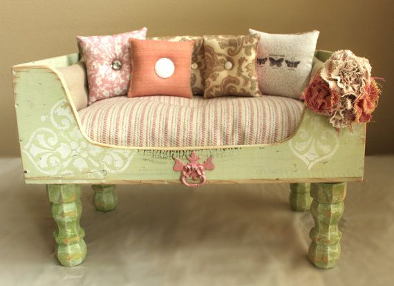 Shabby Chic Pet Bed Designercraftgirl.com | Dog | Pinterest | Pets ... Diy Shabby Chic Pet Bed