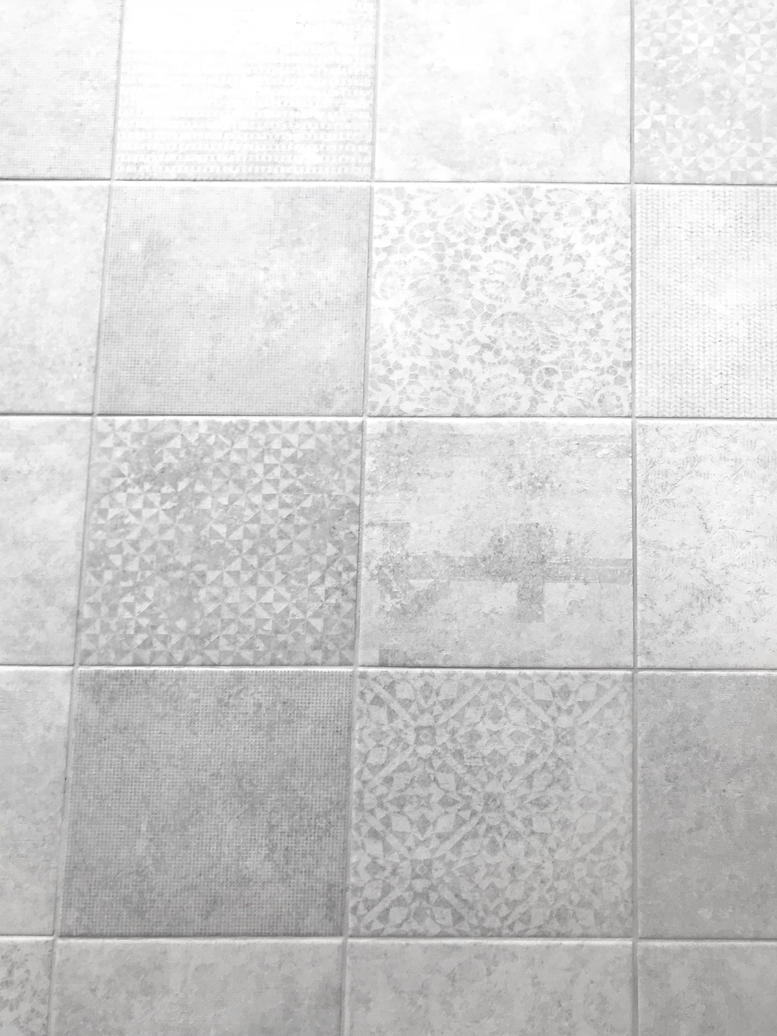 Cuadrado Elegance 23 5 X 23 5cm Bouquetceramic Porcelaintiles Tiles Porcelain Incision Interiordesign Interior Whitetiles