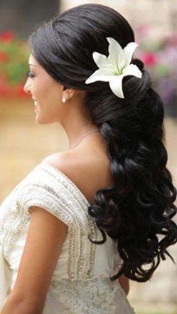 Pin Von Sophie Auf Wedding Hochzeitsfrisuren Frisuren Und Braut