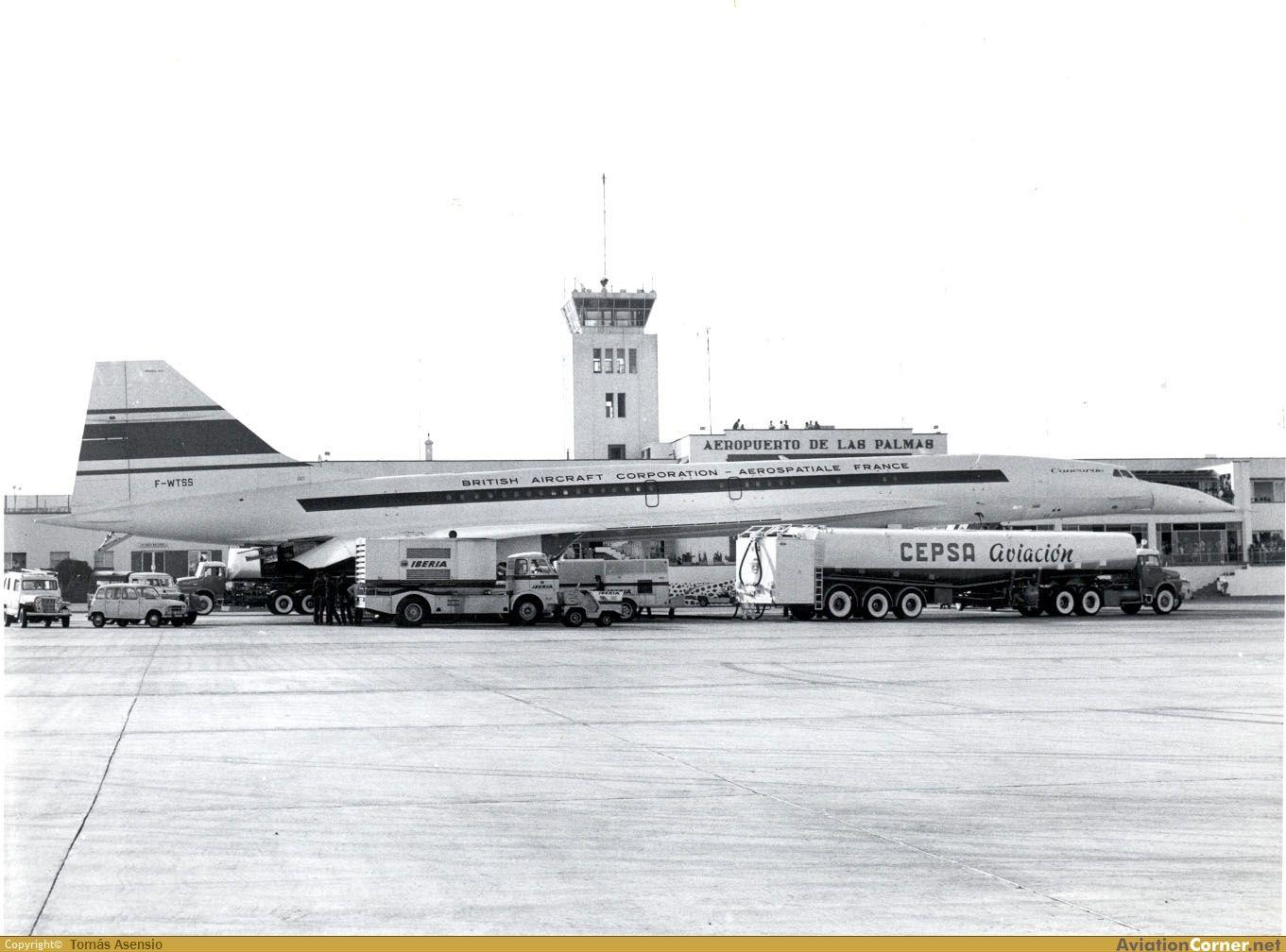 El Concorde A Su Paso Por El Aeropuerto De Gando Gran Canaria Principos De Los Años 70 Ferry Building San Francisco Concorde Aviation History